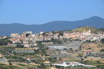 b_400_0_16777215_00_images_Panorami_La_frazione_di_Poggio.jpg
